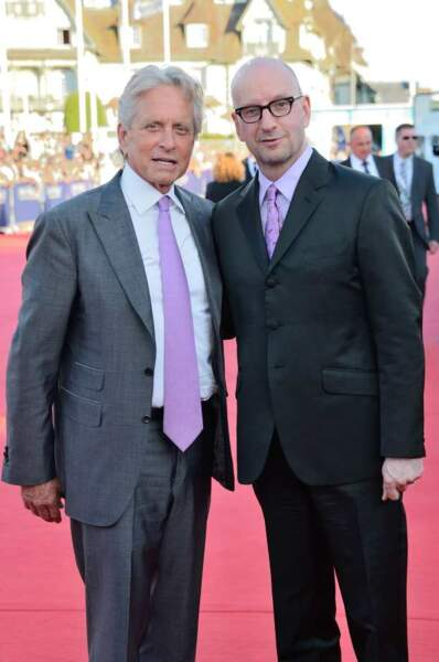 Steven Soderberg, le réalisateur de Ma vie avec Liberace, et Michael Douglas, son héros