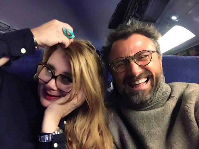 Pour Ariane Séguillon et Alexandre Brasseur, de Demain nous appartient, le tournage commence dans le train