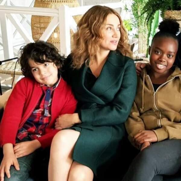 Marine Delterme, entourée de ses enfants de fiction