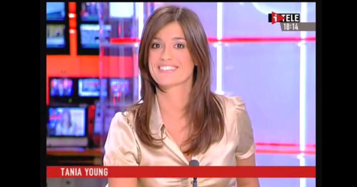 Tania Young a présenté ses premiers bulletins météo sur iTELE (2005 à 2008).