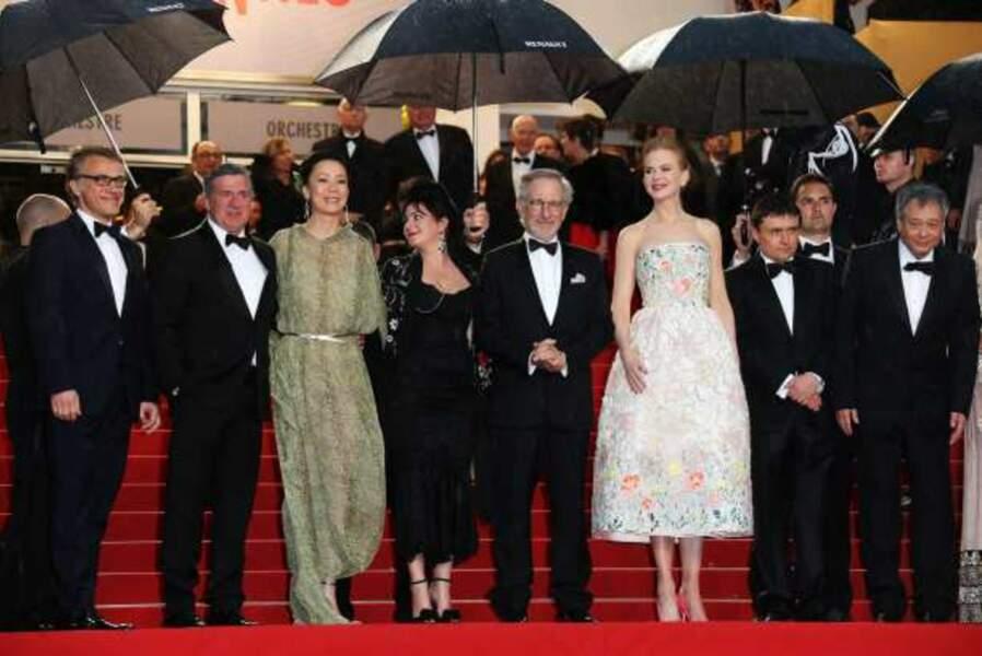 Les jurés sous les parapluies