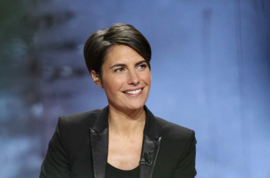 Alessandra Sublet fait ses adieux à France Télévisions et débarque sur TF1 où elle avait déjà fait un passage.