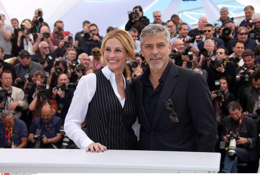 Un peu stressée pour ce premier Cannes ? Son ami George Clooney (également dans le film) est là pour la soutenir