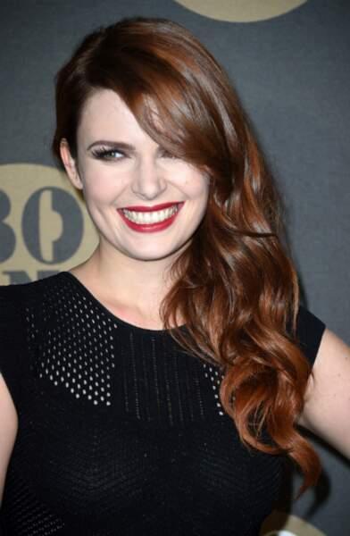 Elodie Frégé a peaufiné son sourire avant Nouvelle Star
