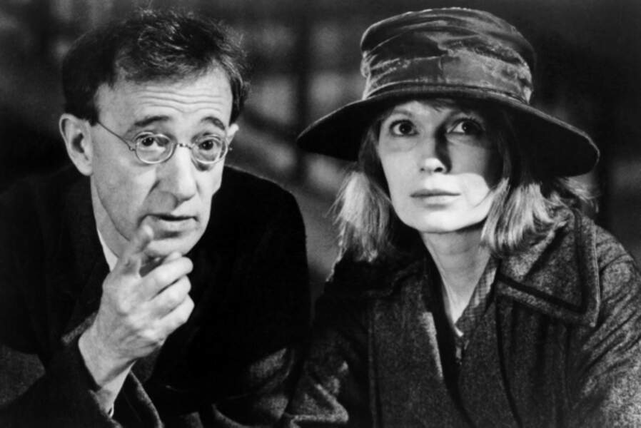 Le duo se veut plus grave dans Ombres et brouillard (1982), réflexion sur la mort située dans l'entre deux guerres