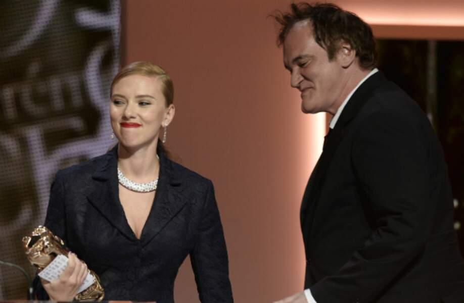 Scarlett Johansson a reçu son César d'honneur des mains de Quentin Tarantino