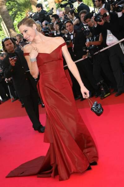 … et monte les marches à Cannes