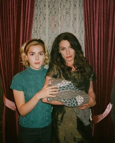 La jeune actrice et Michelle Gomez nous préparent encore de biens vilains coups !
