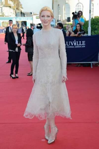 Cate Blanchett en robe longue moulante