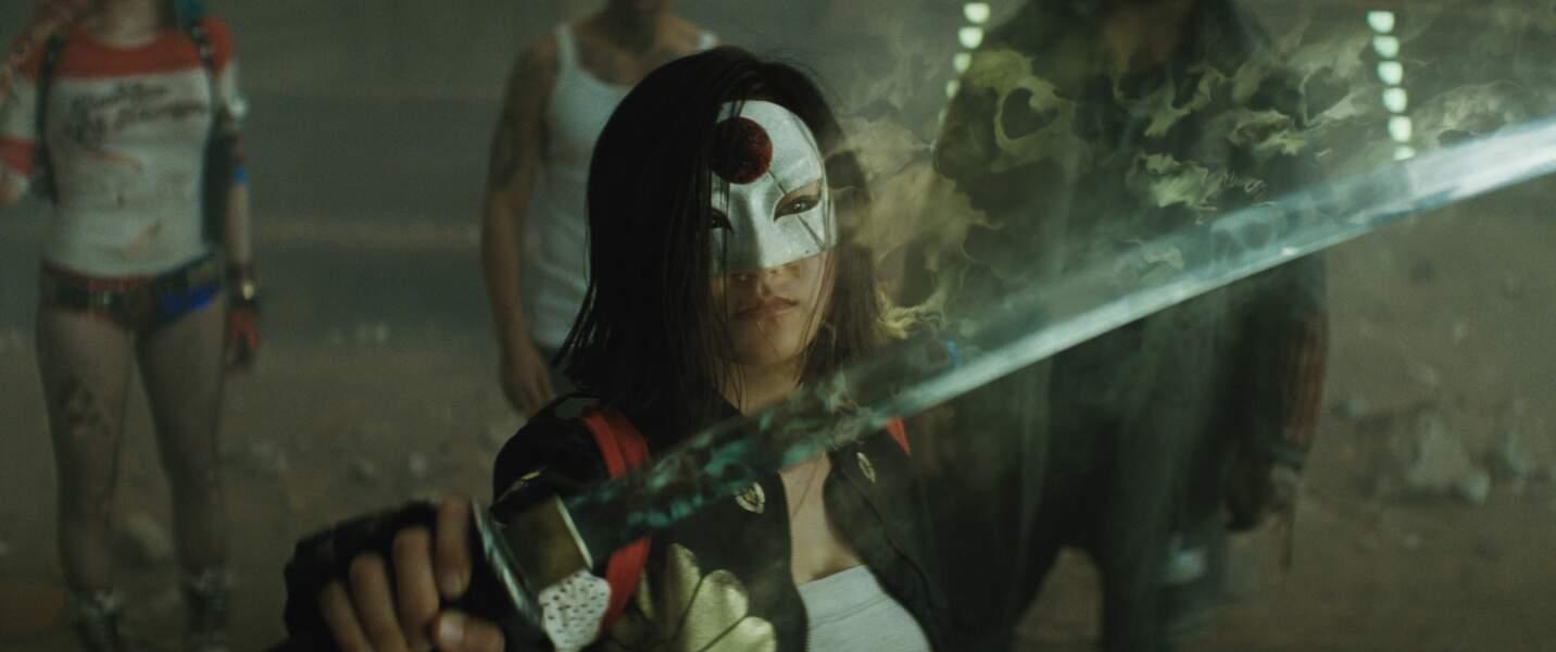 Katana (Karen Fukuhara). Son arme ? Un sabre magique