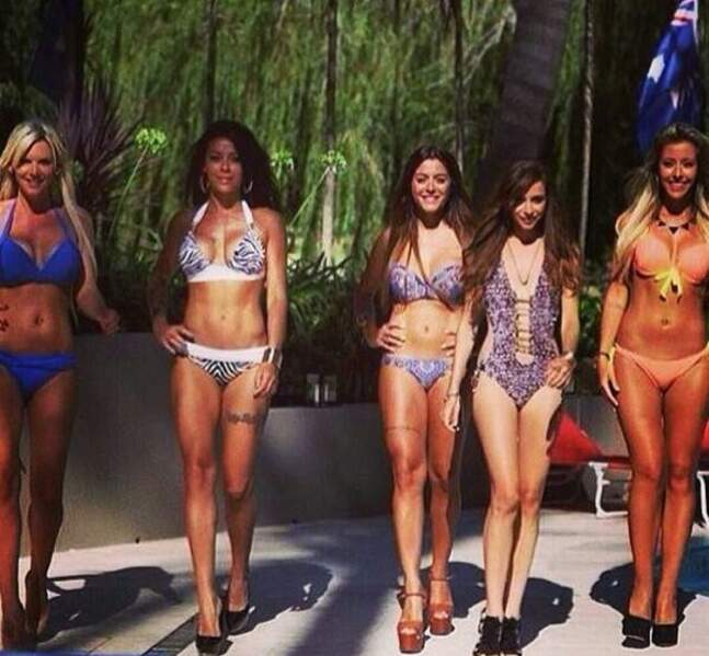 Les filles en bikini