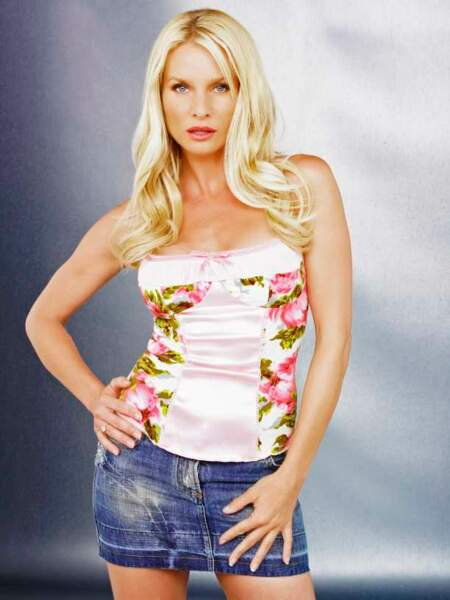 Desperate Housewives - Nicollette Sheridan