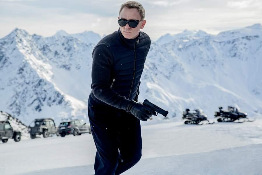 En montagnard chic pour pourchasser dans la neige les ravisseurs de Léa Seydoux dans Spectre.