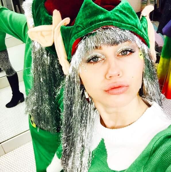 Miley Cyrus, l'elfe du Père Noël