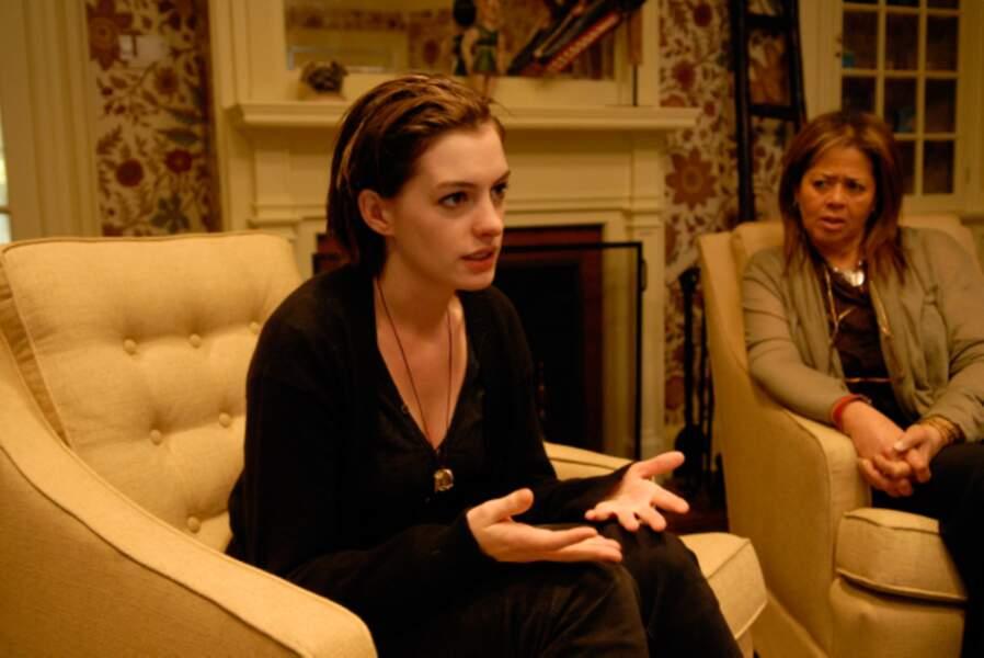 Invitée en cure de désintox dans Rachel se marie (2009)…