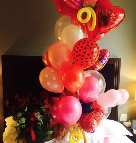 Miley Cyrus a reçu plein de ballons… du fils d'Arnold Schwarzenegger, Patrick, son compagnon depuis peu ?