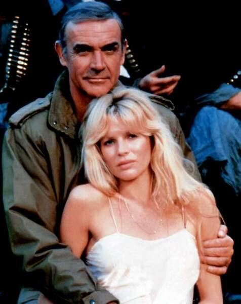 Kim Basinger et Sean Connery dans Jamais plus jamais (1983)