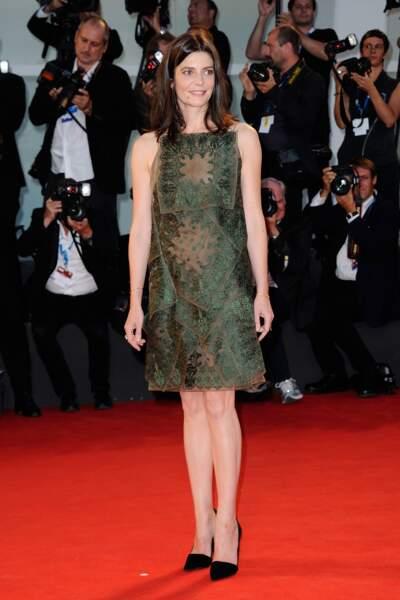 Chiara Mastroianni, sobre et élégante