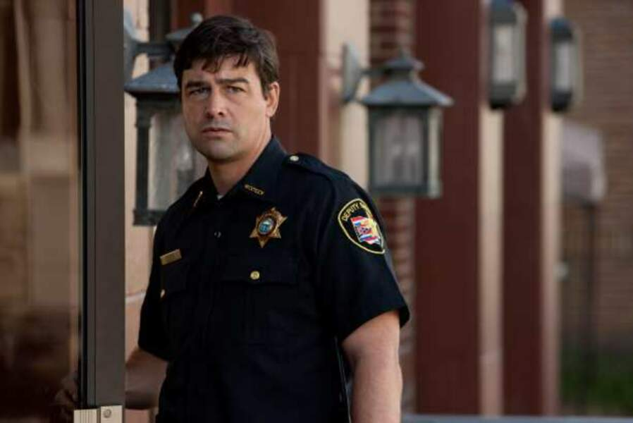 Kyle Chandler - The Vatican (Showtime)