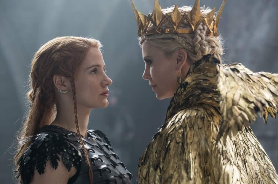 Le Chasseur et la reine des glaces : par amour, elle défie Ravenne (Charlize Theron)