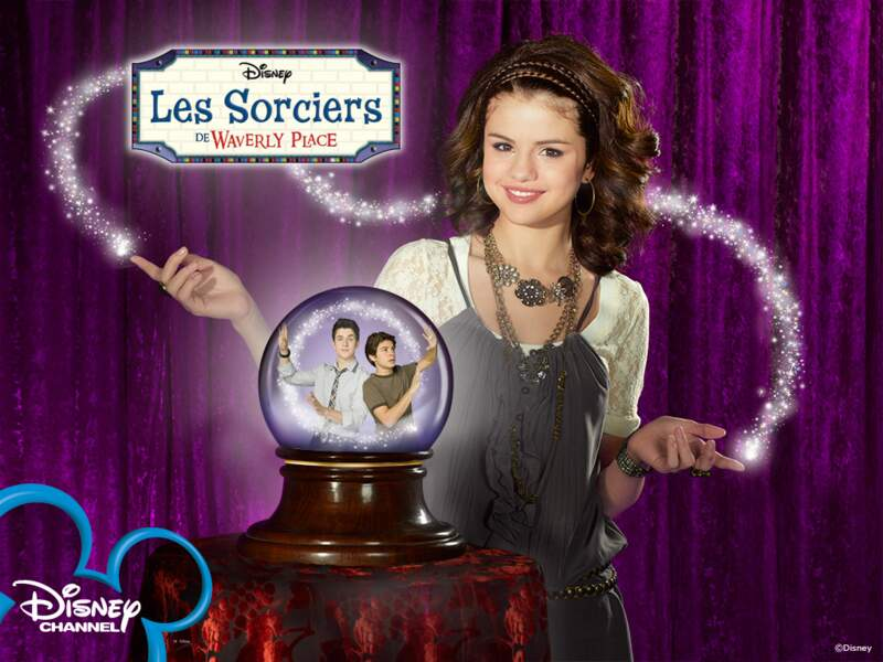 En 2008, la fiction Les sorciers de Waverly Place débute sur Disney Channel