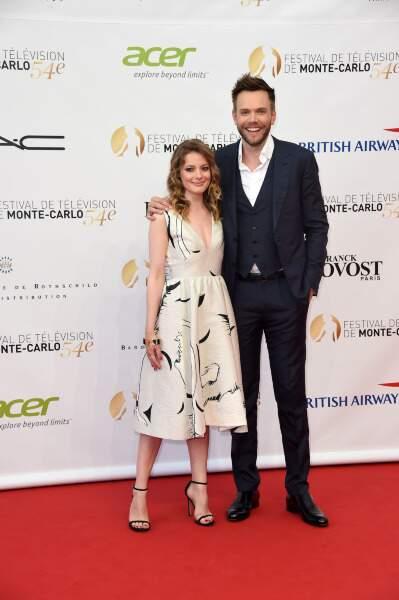 Gillian Jacobs et Joel McHale