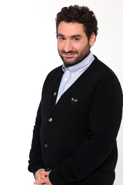 Mouloud Achour présente Clique sur Canal +