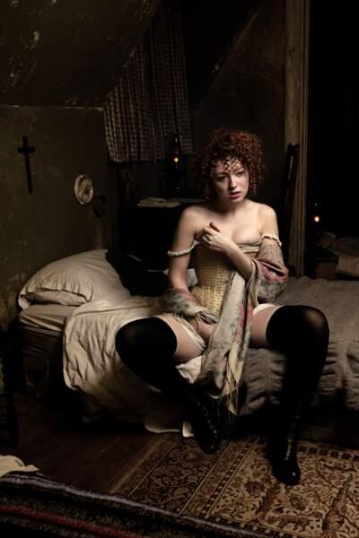 Blandine Bellavoir, la belle Angèle de Maison Close sur Canal +