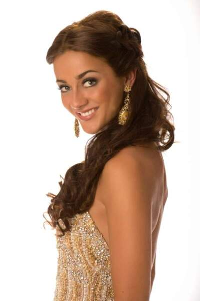 Miss Grande-Bretagne (Holly Hale)