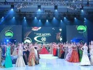 Miss Monde : les Miss en maillot de bain et en robe de soirée
