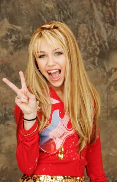 A 14 ans, Miley Cyrus devient l'héroïne de la série Hannah Montana.