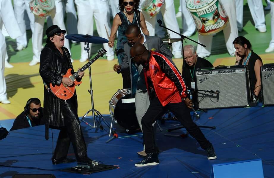 Santana faisait également partie des musiciens invités à cette cérémonie de clôture