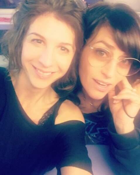 Selfie entre deux scènes pour les filles de Demain nous appartient !