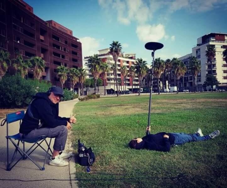 Petite pause au soleil sur le tournage... d'Un si grand soleil