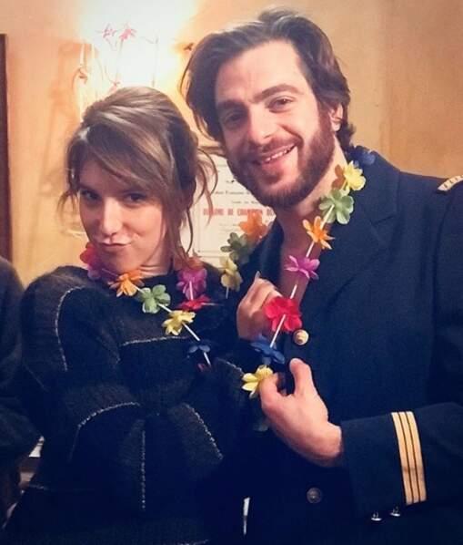 Petit souvenir de l'EVJF de Barbara : photo avec son mari, Elias (incarné par Marco Horanieh)