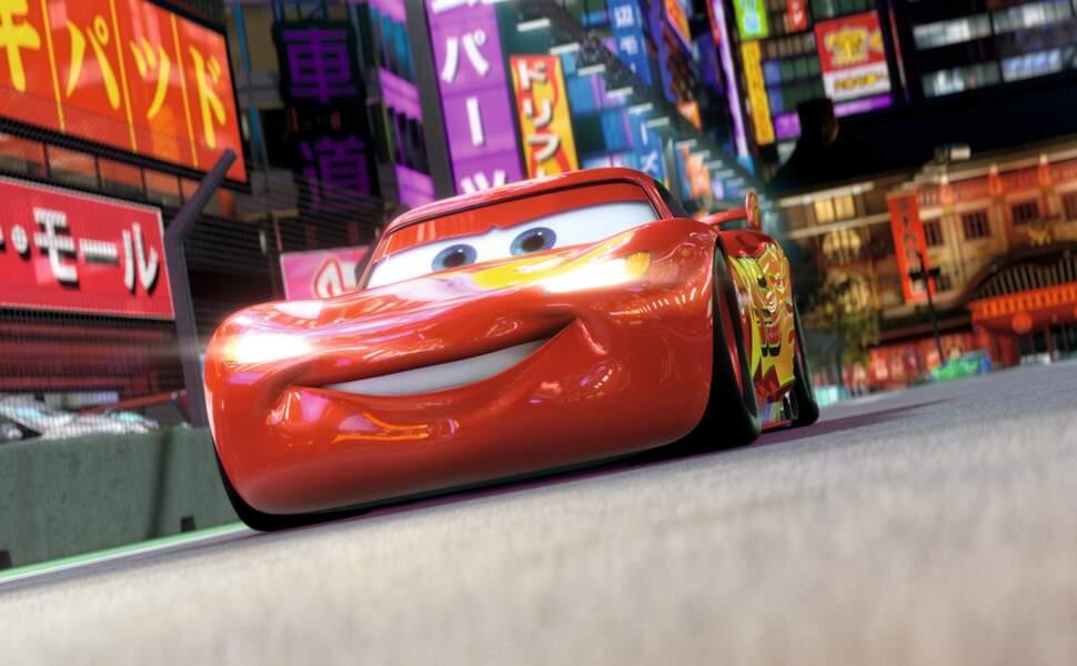 Qui double Flash McQueen, le héros de Cars et Cars 2 ? Indice, il est marié avec une actrice en vogue à Hollywood…