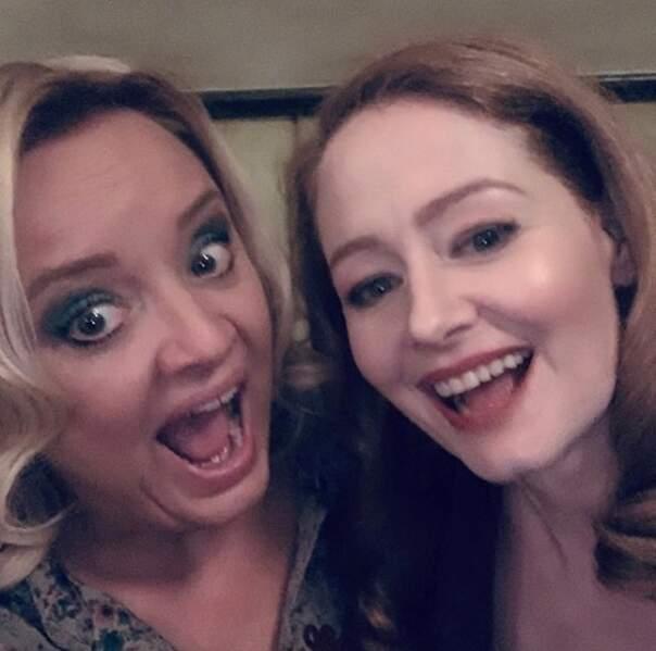 Les tantes des Nouvelles Aventures de Sabrina sont en mode selfie