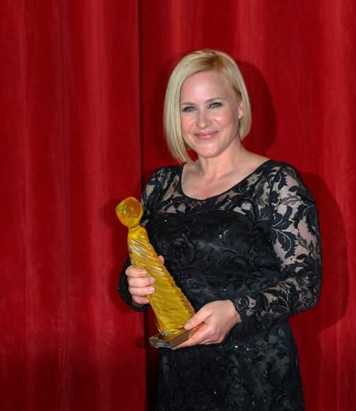… Patricia Arquette a reçu la Nymphe de cristal, récompensant l'ensemble de sa carrière