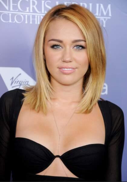 Début 2012 : Mley Cyrus opère un virage sexy.