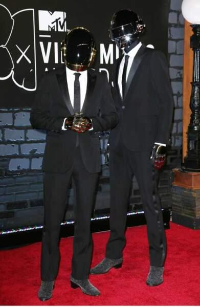 Les Daft Punk jamais sans leur casque