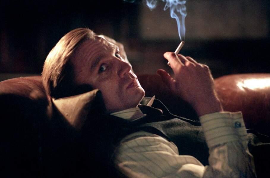 Ne vous fiez pas à ses airs de dandy dans Les sentiers de la perdition : c'est un psychopathe !