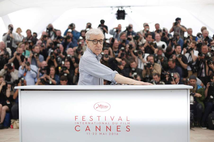 Puis au tour de Woody Allen d'ouvrir le bal avec son film Café Society