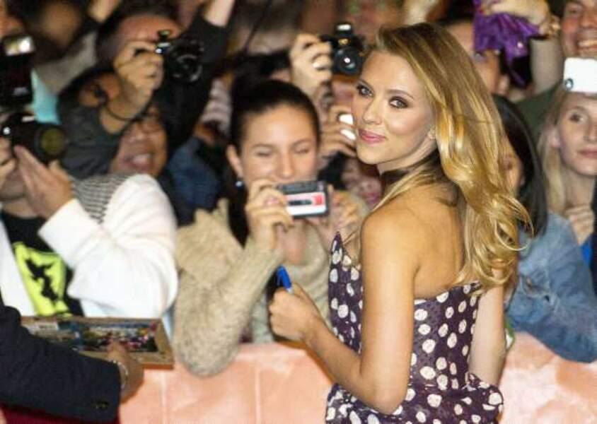 Scarlett Johansson, lumineuse à l'avant-première du film Under the Skin