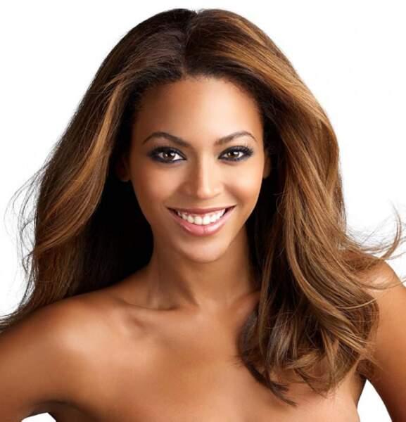 Beyoncé arborait une crinière ébène...