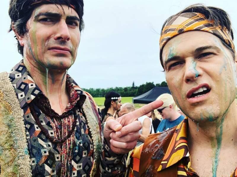 Les acteurs de Legends of Tomorrow, Brandon Routh et Nick Zano, sont passés en mode hippies sales