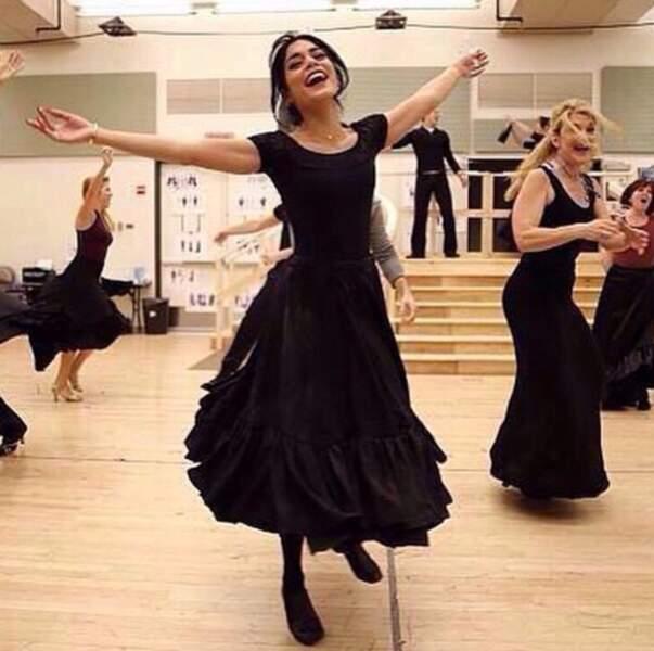 Vacances studieuses pour Vanessa Hudgens qui répète pour sa pièce Gigi à Broadway