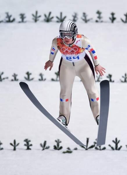 Coline Mattel, médaillée de bronze en saut à ski
