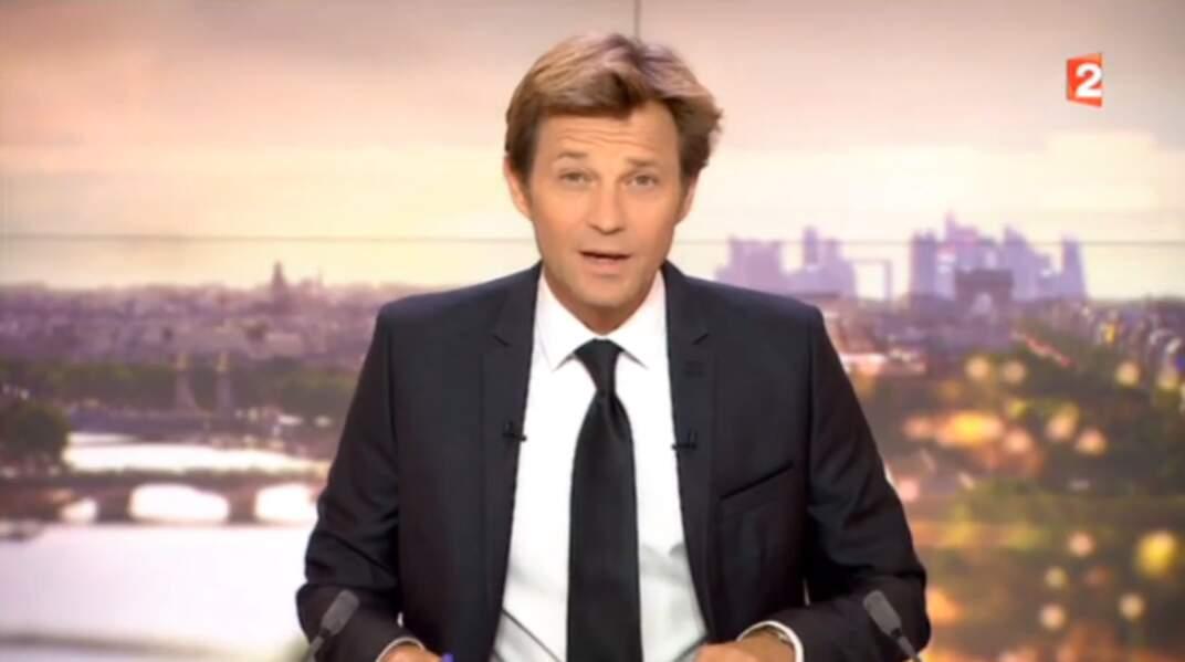Laurent Delahousse présente les JT du week-end de France 2 depuis février 2007.