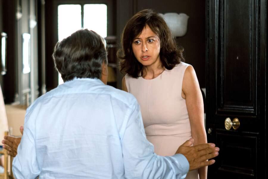 Parfois l'actrice sait aussi lever la voix, comme ici face à Christian Clavier dans Une heure de tranquilité (2014)
