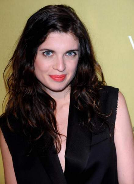 Hollysiz alias Cécile Cassel était brune.